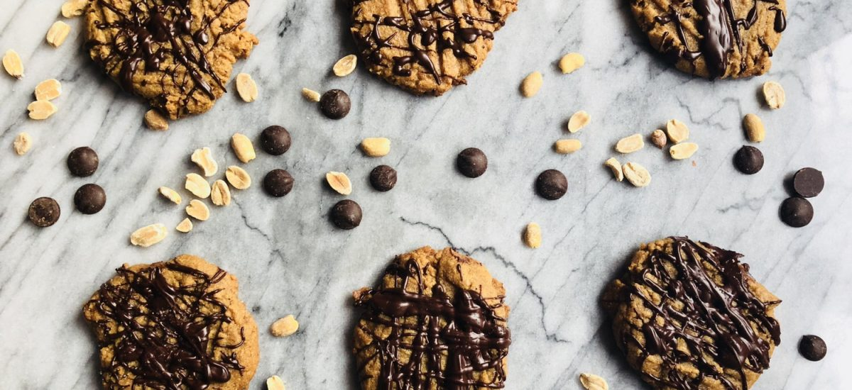 Flourless Peanut Butter Cookies with Dark Chocolate Drizzle