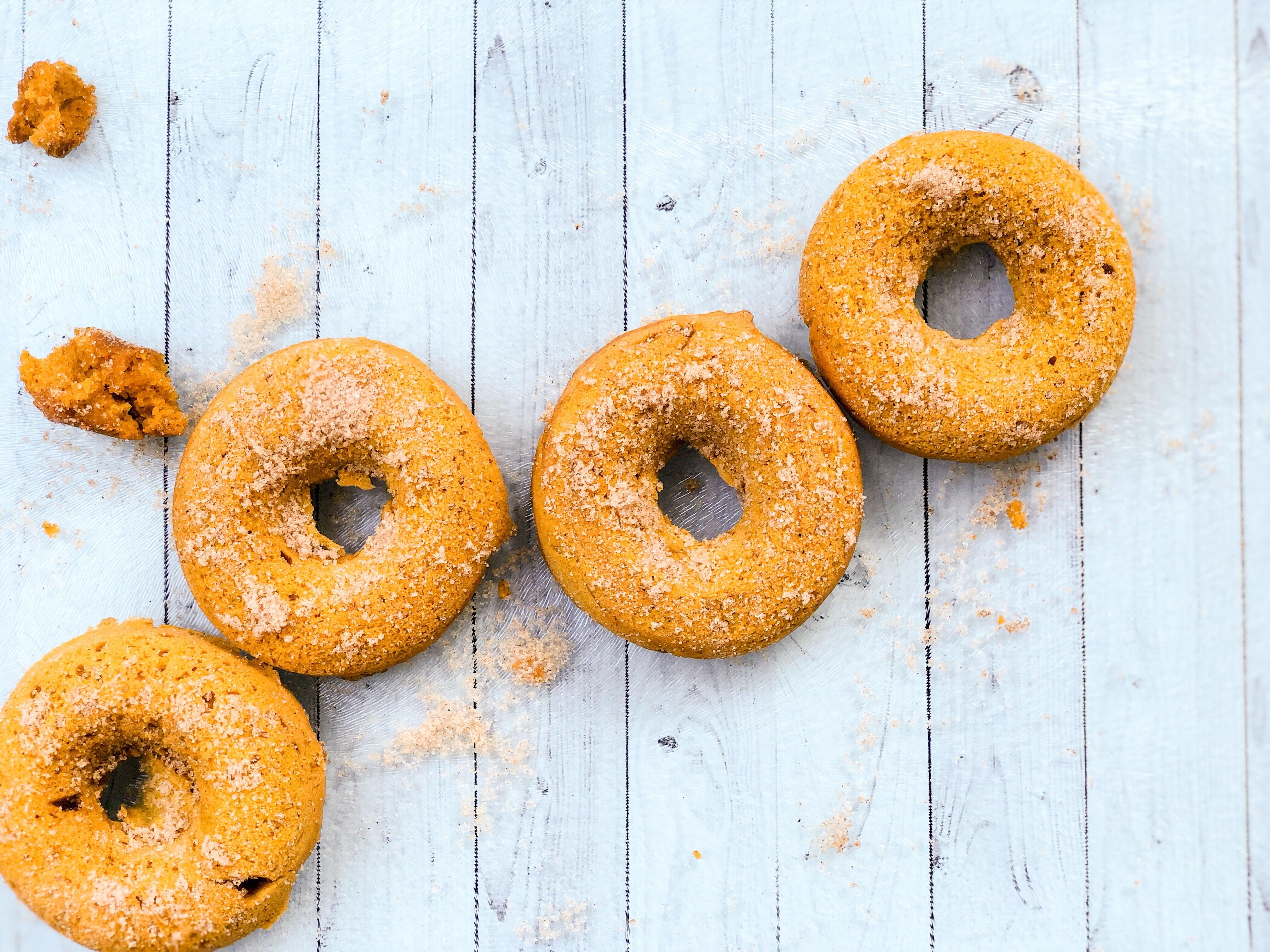 Baked Pumpkin Pie Donuts