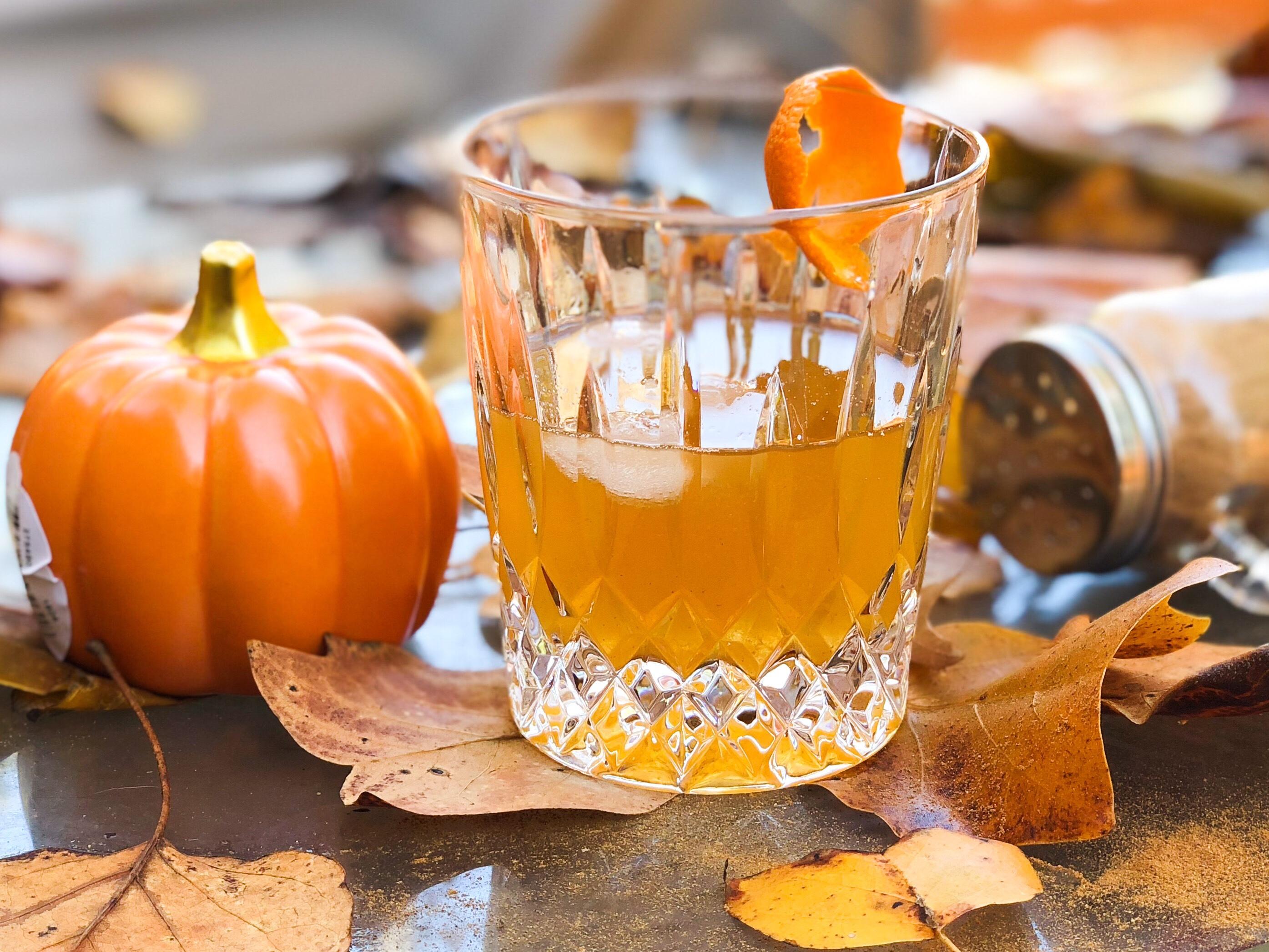 low sugar pumpkin spice old fashioned